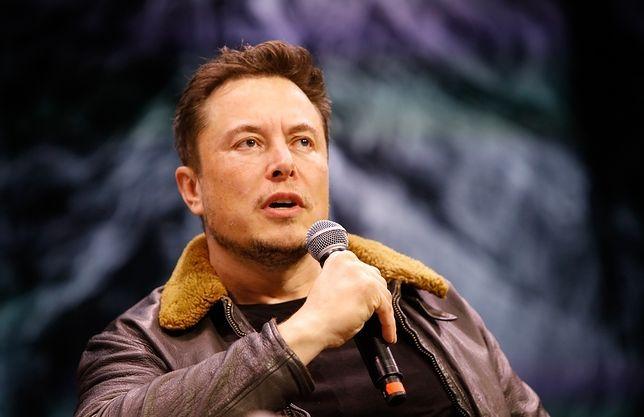 Elon Musk w 2004 r.