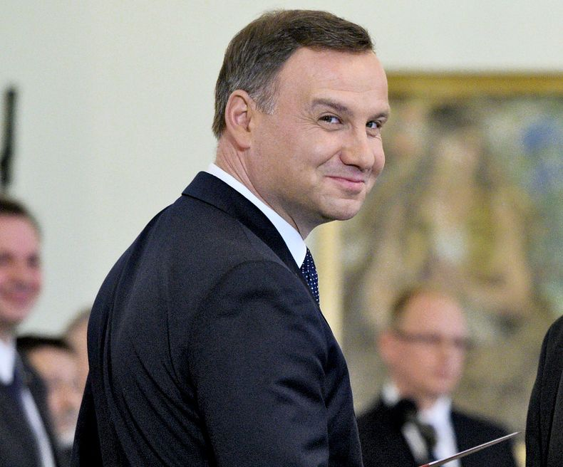 Andrzej Duda wygrywa w sondażu prezydenckim. Najgroźniejszych rywali zostawia daleko w tyle