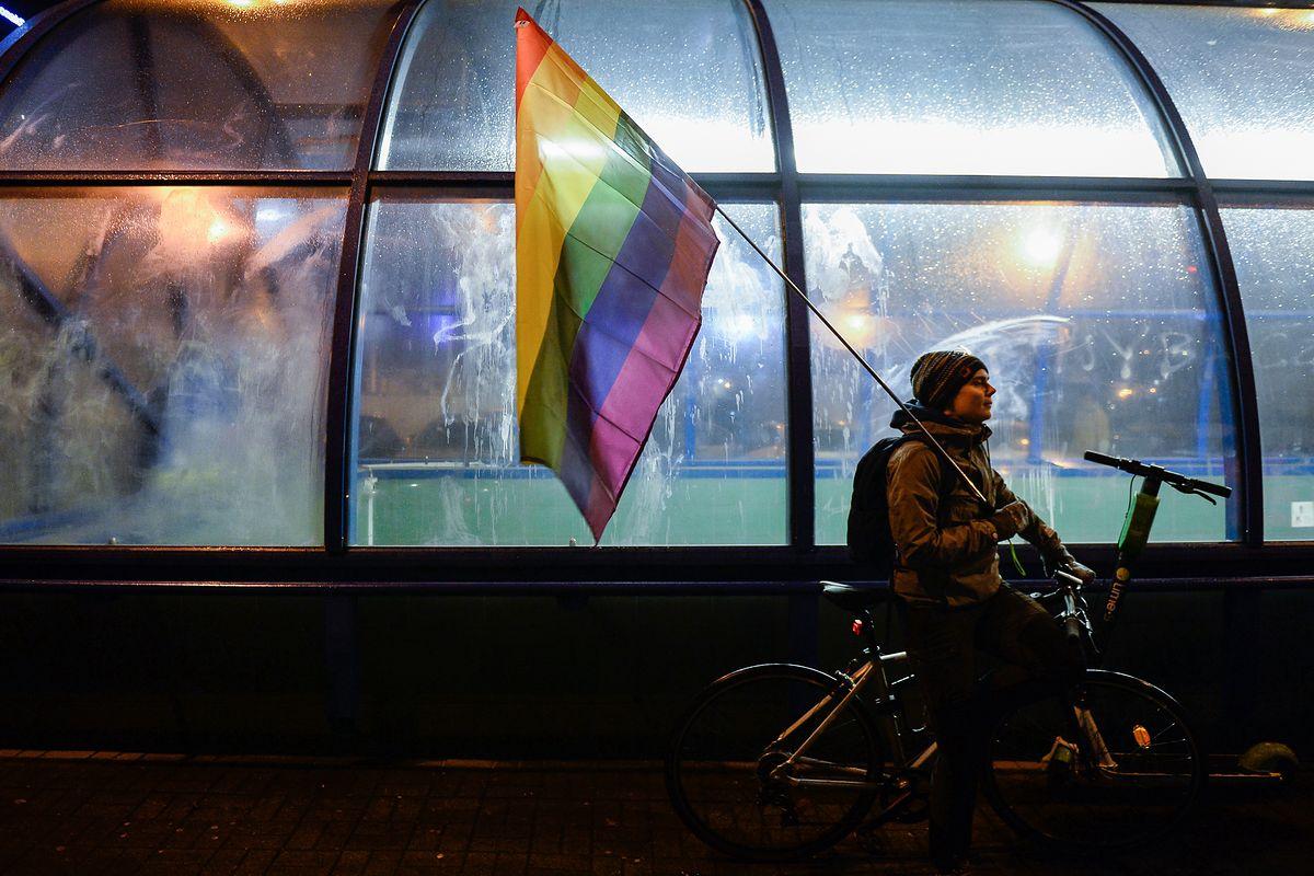 """Makowski: """"Dużo słów, mało czynów. Walka o postulaty osób LGBT dla nikogo nie jest 'wygodna'"""" [OPINIA]"""