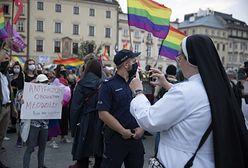 """Makowski: """"Kościół w Polsce na zakręcie. Czy jest coś, co może odwrócić negatywny trend?"""" [OPINIA]"""