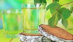 Sok z brzozy - dlaczego warto go pić właśnie teraz?
