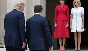 """""""Zmierzył ją wzrokiem od góry do dołu"""". Donald Trump obraził Brigitte Macron?"""