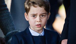 Przywileje księcia George'a. Siedmiolatek dostrzega, że jest inaczej traktowany