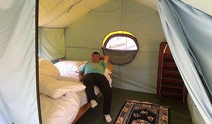 Ogrzewane namioty, wygodne łóżka i pub. Tak wygląda luksusowy pobyt na Mount Everest