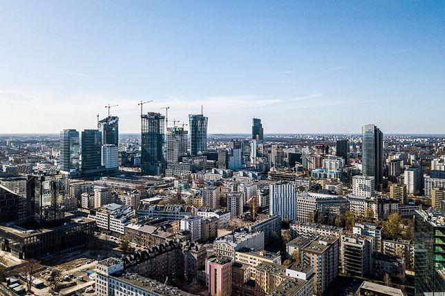 Warszawa. Nad stolicą będzie widoczne częściowe zachmurzenie.