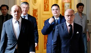 Francja: minister spraw wewnętrzny mobilizuje rezerwistów