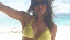 Elizabeth Hurley - seksowna 50-latka w bikini