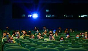Lockdown w kolejnych województwach. Kina i teatry ponownie zamknięte