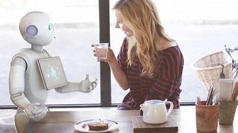 Poznaj Peppera, świadomego emocjonalnie androida
