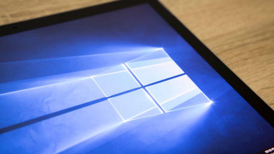Nowy filmik na Instagramie sugeruje, co Microsoft planuje dla Window 10, fot. charnsitr/Shutterstock