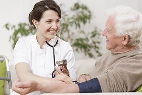 Niskie ciśnienie – objawy, przyczyny, domowe sposoby
