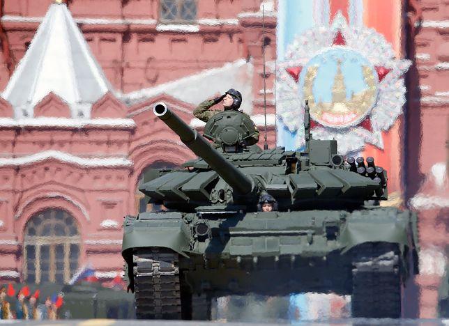 Parada rosyjskiego sprzętu wojskowego z okazji Dnia Zwycięstwa