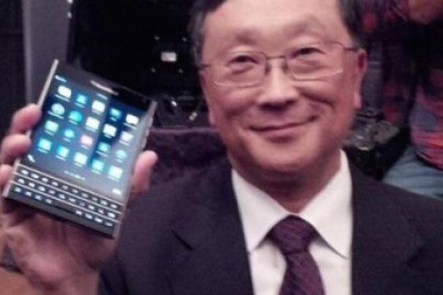 BlackBerry Passport nagra filmy w 4K