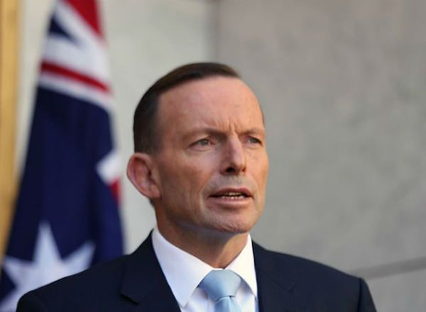 """Premier Australii Tony Abbott: zamach w Sydney inspirowany """"kultem śmierci"""" Państwa Islamskiego"""
