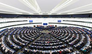 Przeciwko rezolucji głosowali europosłowie PiS; PO podzieliła się w tej sprawie