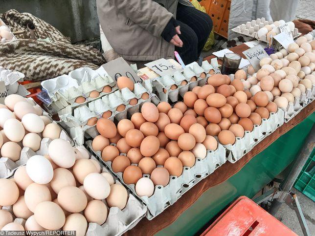 Co trzecia oferta sprzedaży wiejskich jaj od rolnika to oszustwo.
