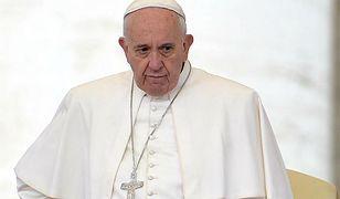Papież: obozy dla uchodźców to obozy koncentracyjne