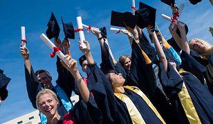 Bez skarpetek nie dostaniesz dyplomu. Oxford nie rezygnuje z tradycji
