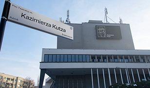 Rybnik. Pierwszy taki w Polsce. Kazimierz Kutz patronem Placu Teatralnego