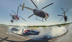 Taniec Toyoty GT86 i helikoptera. W rolach głównych Przygoński i Baumgartner