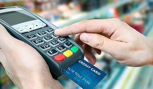 Rośnie liczba punktów akceptujących karty płatnicze