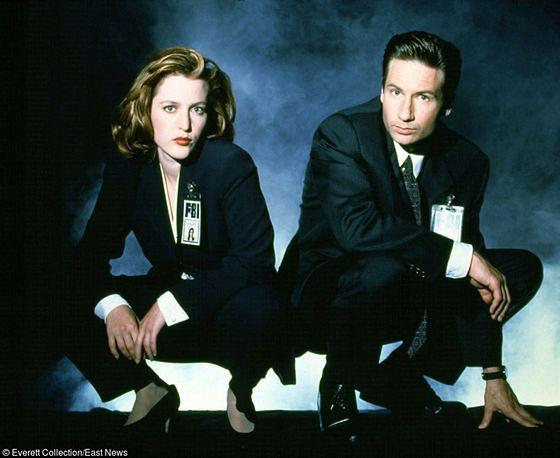 Metamorfoza stylu Gillian Anderson i Davida Duchovnego