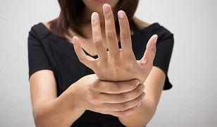 Zespół cieśni nadgarstka z czasem staje się wyjątkowo uciążliwy. Jak go leczyć?