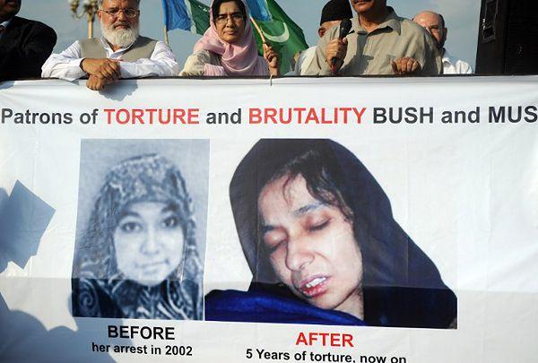 Protest w Islamabadzie na rzecz uwolnienia Aafii Siddiqui; 2008 r.
