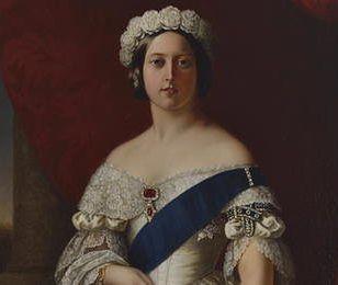 170-letnie pończochy królowej sprzedane. To była nietypowa aukcja