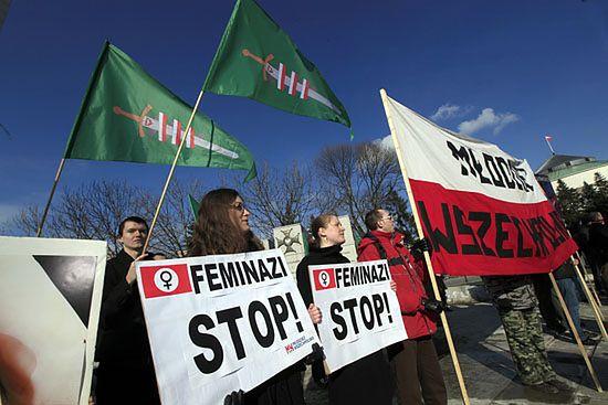 """Przeciwnicy Manify: """"feminazi"""" stop! - zdjęcia"""