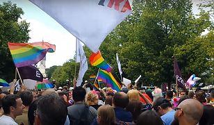 Częstochowa: prokuratura umorzyła śledztwo w sprawie znieważenia symboli narodowych na Marszu Równości