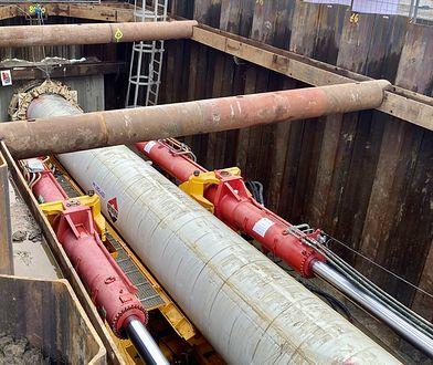 Warszawa. MPWiK chce przesunąć termin użytkowania mostu pontonowego