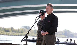 Błaszczak: most pontonowy będzie gotowy 10 września