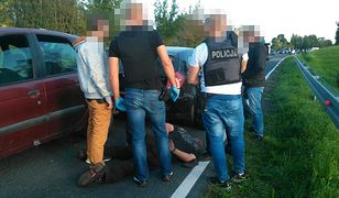 Cezary F. usłyszał zarzuty zabójstwa 50-latki z Mrągowa