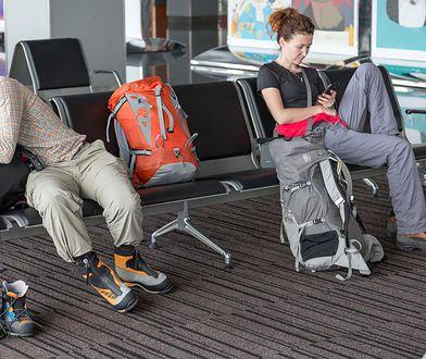 Hala odlotów zamiast gorącej plaży? Historie Polaków, którzy utknęli na lotniskach