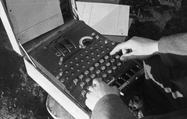 Powszechnie uważa się, że złamanie szyfru Enigmy znacząco przyspieszyło zakończenie drugiej wojny światowej