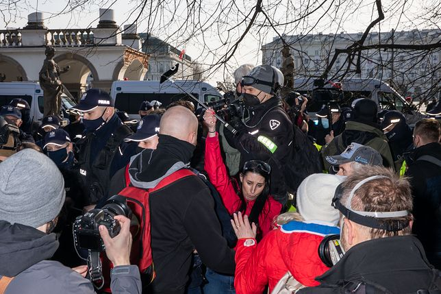 11. rocznica Katastrofy Smolenskiej na Placu Pilsudskiego.