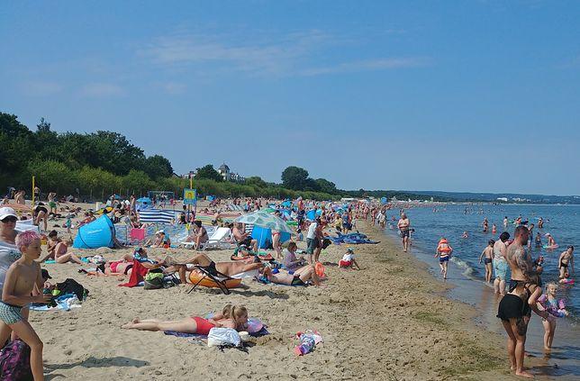 Tak wygląda sytuacja na plaży w Gdańsku Brzeźnie 7 sierpnia