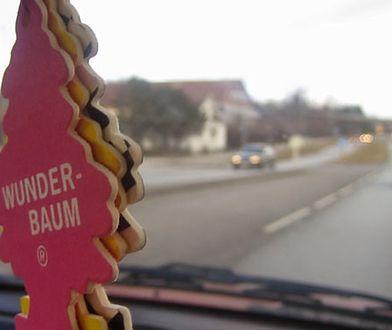 Uwaga, zapachy do auta niszczą kokpity!
