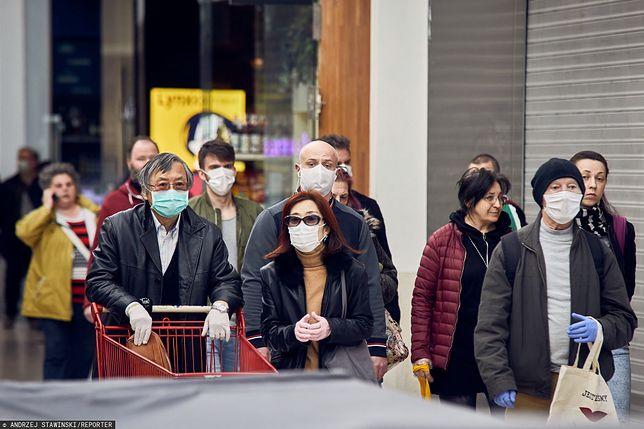 Maseczki ochronne już obowiązkowe. Sprawdź, kiedy trzeba zakrywać twarz