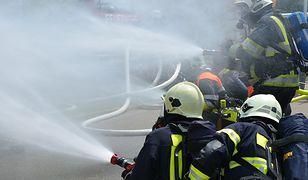 Pożar w Zakręcie. Spłonęły tony akt sądowych
