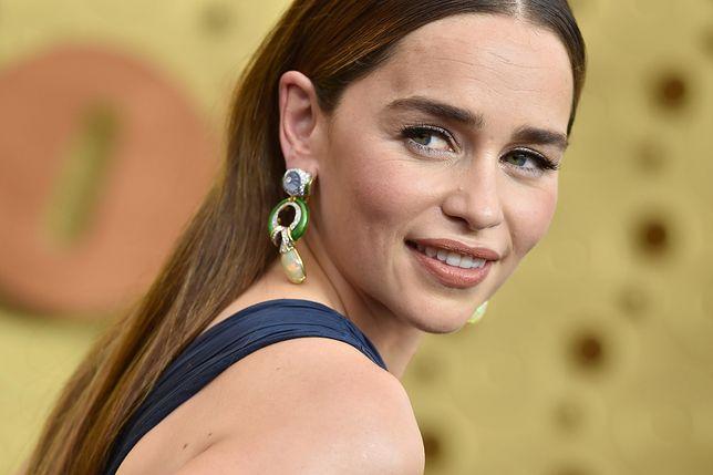"""Emilia Clarke ciągle czeka na paczkę o produkcji """"Gry o tron"""""""