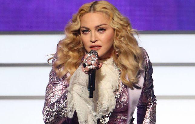 """Pisarka oskarża Madonnę. Twierdzi, że """"ukradła jej ciało"""""""
