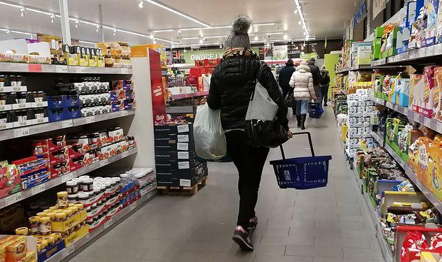 44,8 proc. Polaków zamierza w I kwartale 2021 roku ograniczyć swoje wydatki na zakupy.