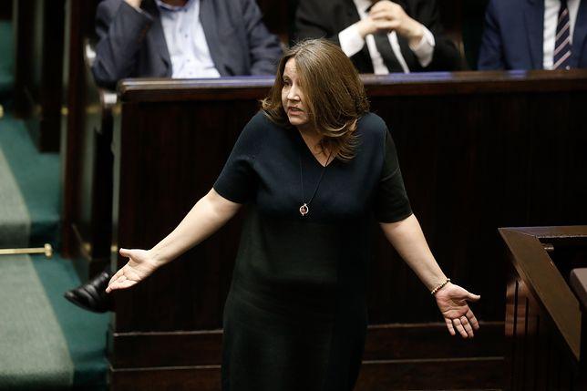 Joanna Lichocka i środkowy palec w Sejmie. Jest wniosek o ukaranie posłanki