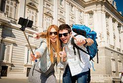 Biuro podróży szuka pracowników. Mają odwiedzić kilkadziesiąt europejskich miast