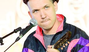Jan Młynarski, wokalista grupy Warszawskie Combo Taneczne