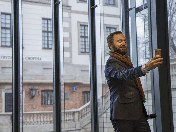 """Wirtualny Chopin czeka na warszawiaków i turystów. """"Zrób sobie selfie z Fryderykiem"""""""