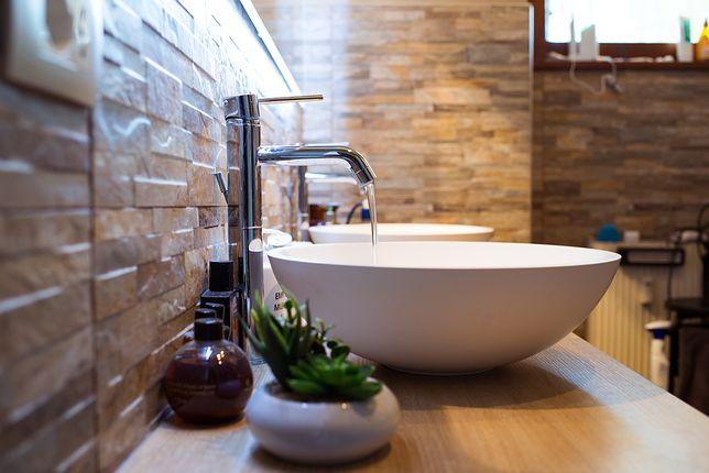 Umywalki nablatowe to rozwiązanie dla tych, którzy stawiają na klasyczny design