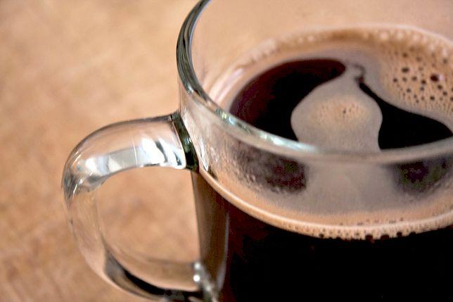 Cold brew, czyli kawa na zimno - działanie i właściwości. Jak ją przygotować?